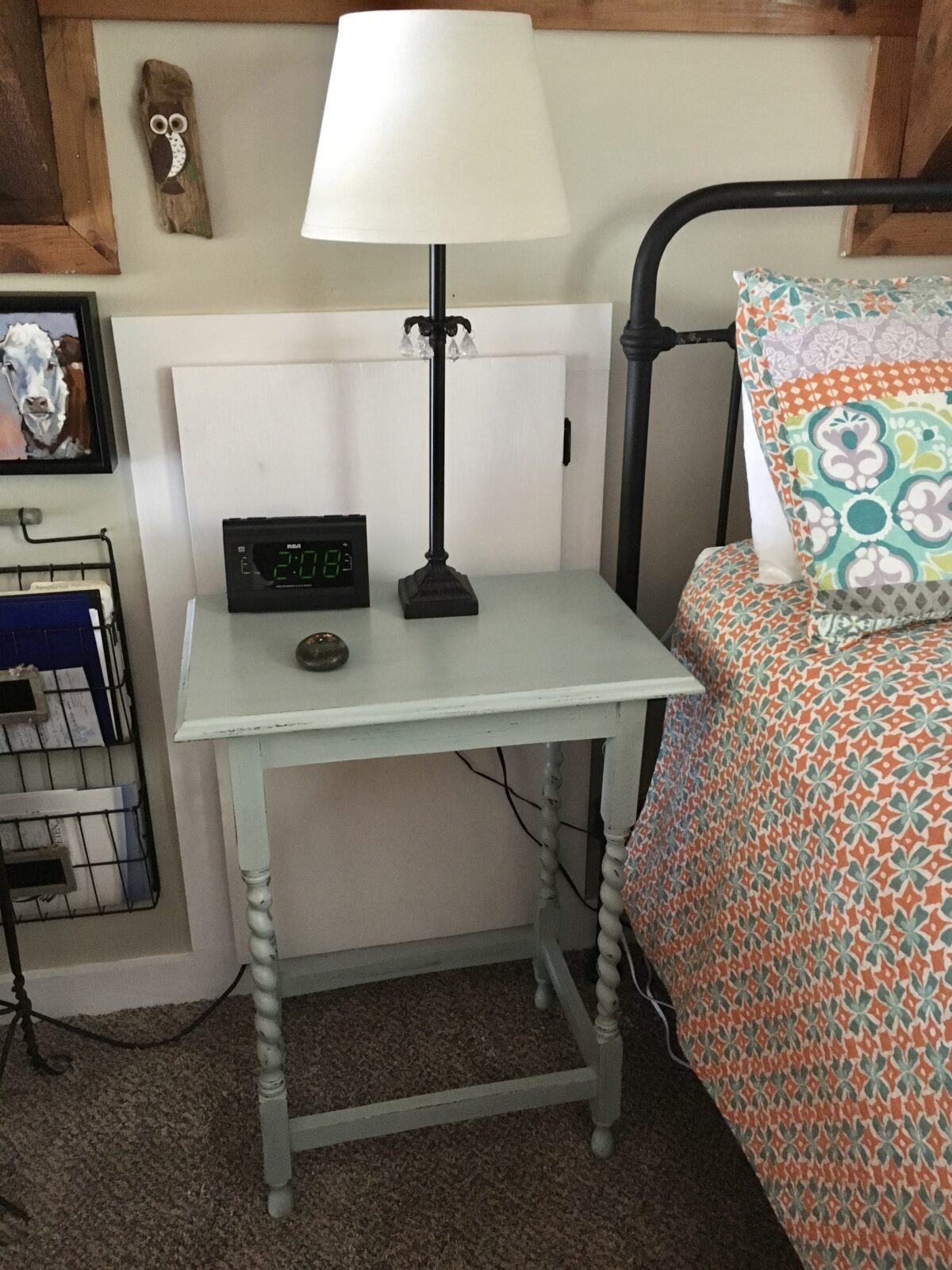 Green Chalk Paint Nightstand Makeover